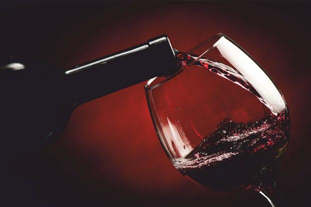 Бокалы: один день из жизни вина