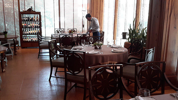 Ресторан Vinotel. Тбилиси, Грузия