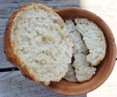Хлеб к сыру и вину