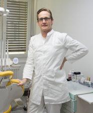 Доктор Томас Варга