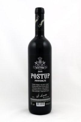 вино Postup Potomie Matusko 2009, производимое в деревне Потомье