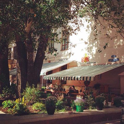 Кафе-студия «Сок» — одно из лучших вегетарианских заведений Москвы.